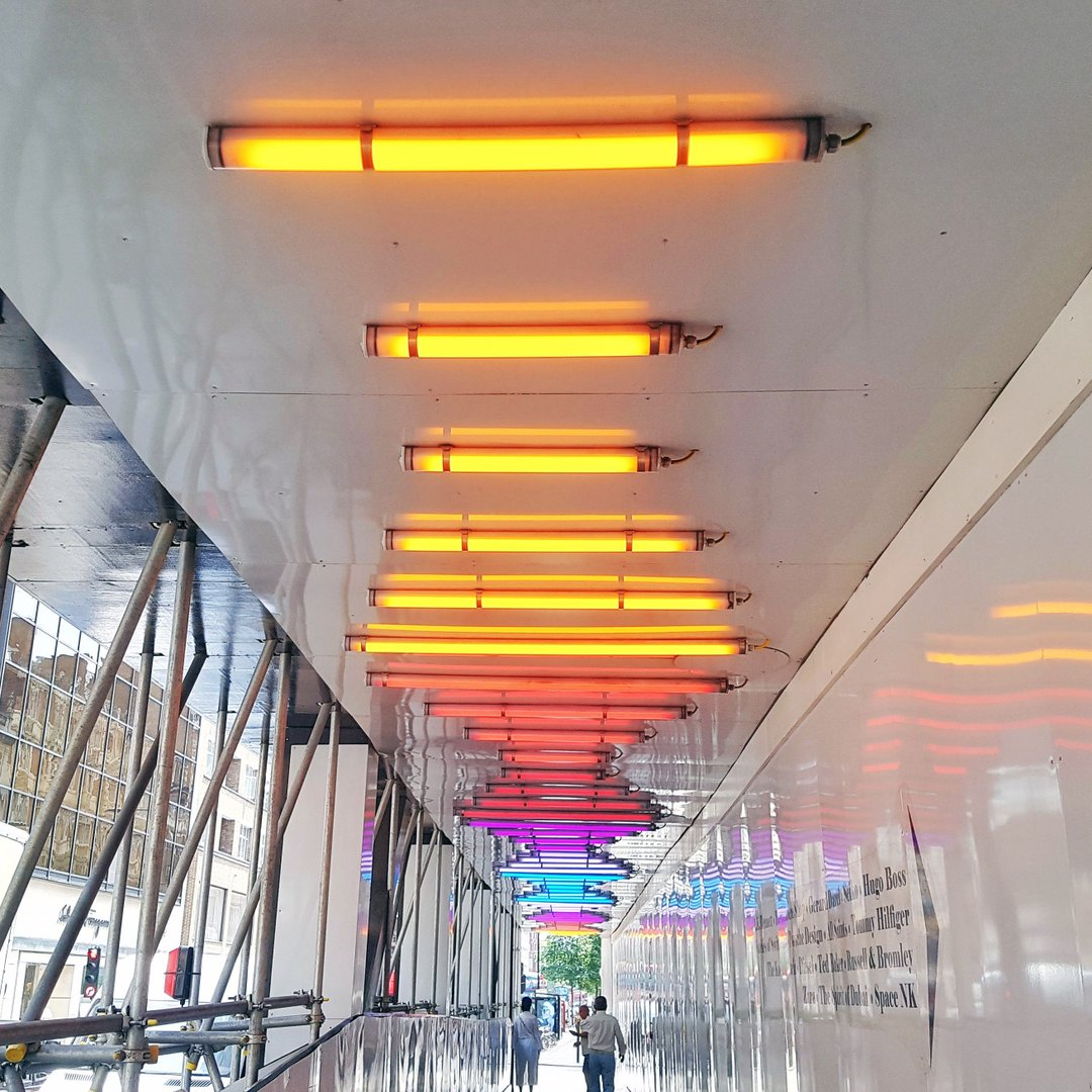 cool LED linear lighting.jpg
